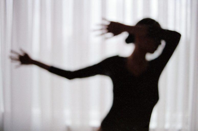 Mojgan-Razaghi-Woman-15